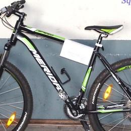 Stava cercando di vendere una bici rubata: denunciato a Sondrio