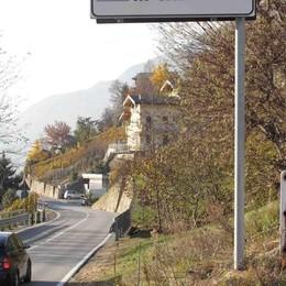 Traffico a senso unico alternato lungo la strada panoramica dei Castelli