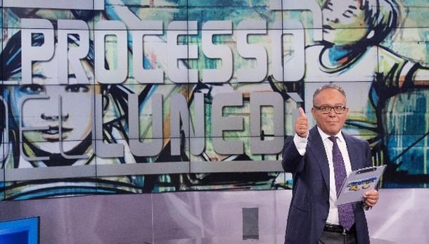 Calcio: tv, 'Processo' arriva al 5%
