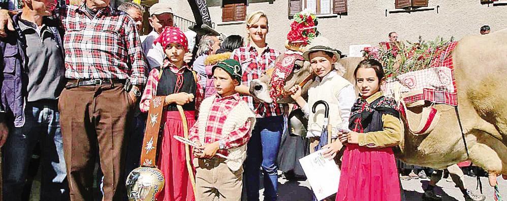 """Miss alpeggio 2015  indossa il """"kilt""""  e si chiama Gnucca"""