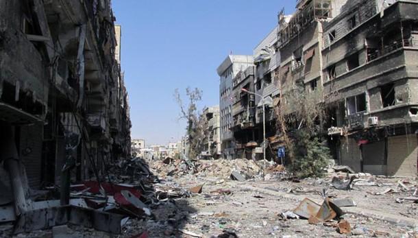 Damasco, 300 vittime Isis in est Siria