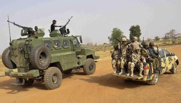 Nigeria: 4 donne kamikaze, 13 morti