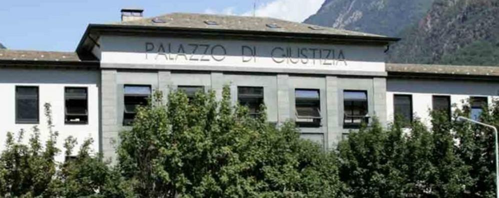 Rapinò a Caiolo l'ufficio postale  La pena: quaranta mesi di carcere