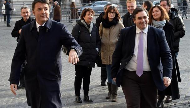 Renzi, sale fiducia, restituito futuro
