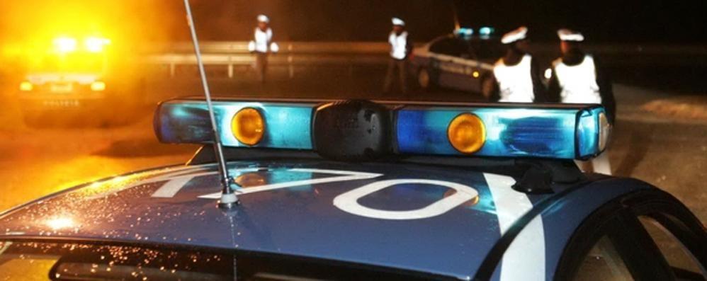 Camion bruciato. Incendio sospetto e indagini a tappeto