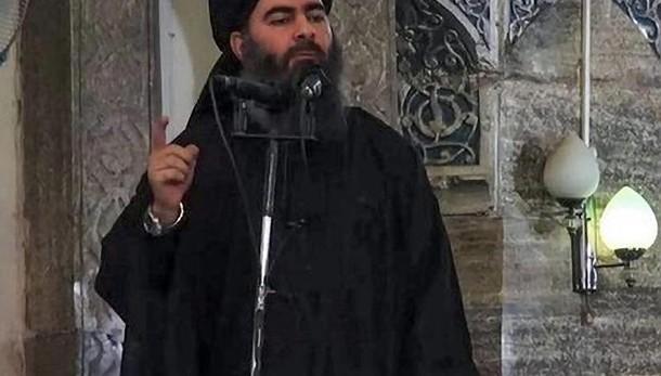 Isis rivendica spari contro bus Egitto