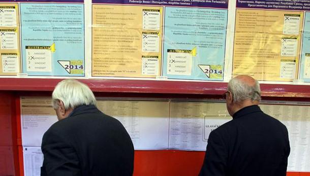 Bosnia: comunali, 3,2 milioni al voto