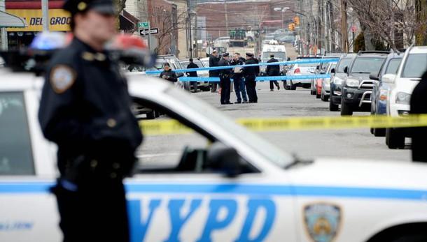 Polizia uccide anziana nera a New York