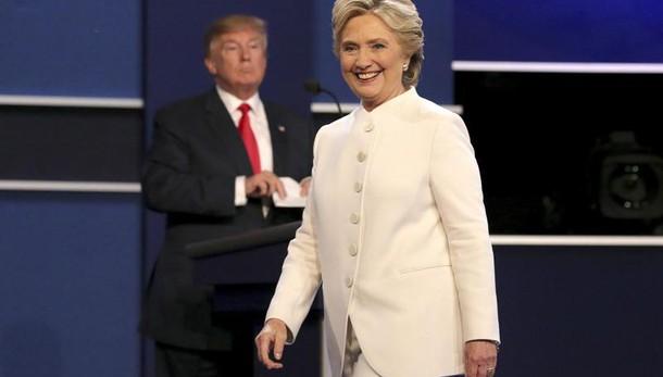 Hillary in testa ma vantaggio cala a +5