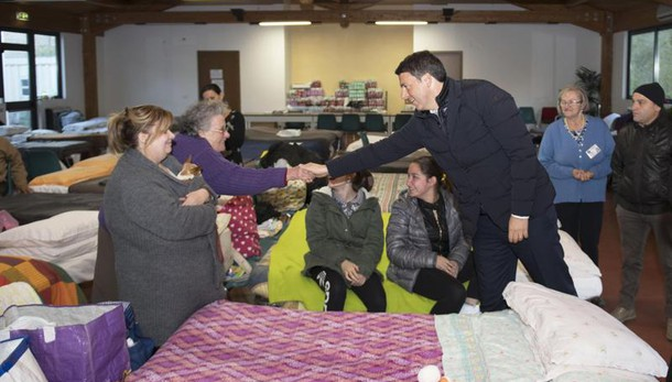 Terremoto: Renzi, ci vorrà molto tempo