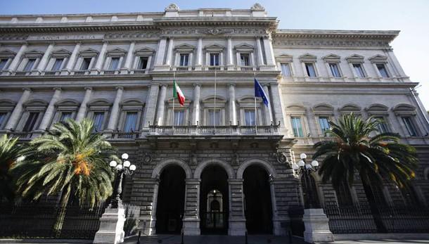 Bankitalia: calo sofferenze a 198,9 mld