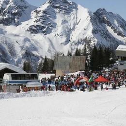 Nel weekend si scia in Valmalenco: «Il clima caldo ci fa faticare, ma ce la faremo»