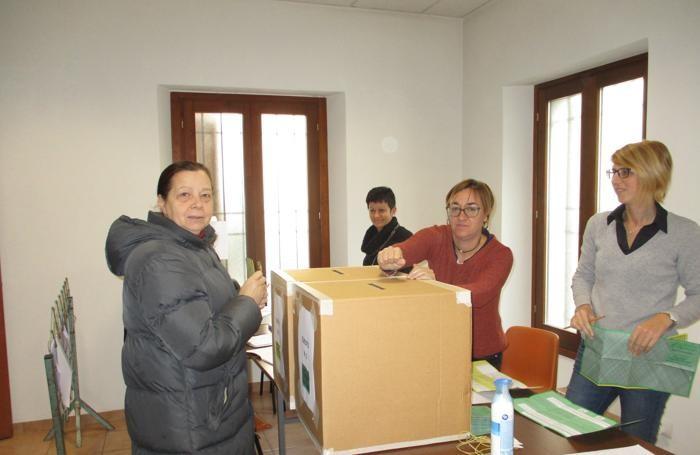 Il seggio di Scaria, frazione di Lanzo Intelvi