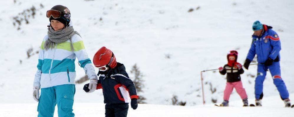 Skipass gratuito per gli under 16, sondriesi esclusi