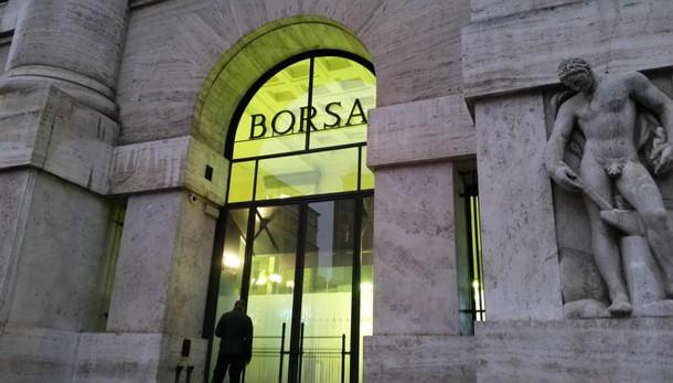Borsa: Milano chiude a -1,81%