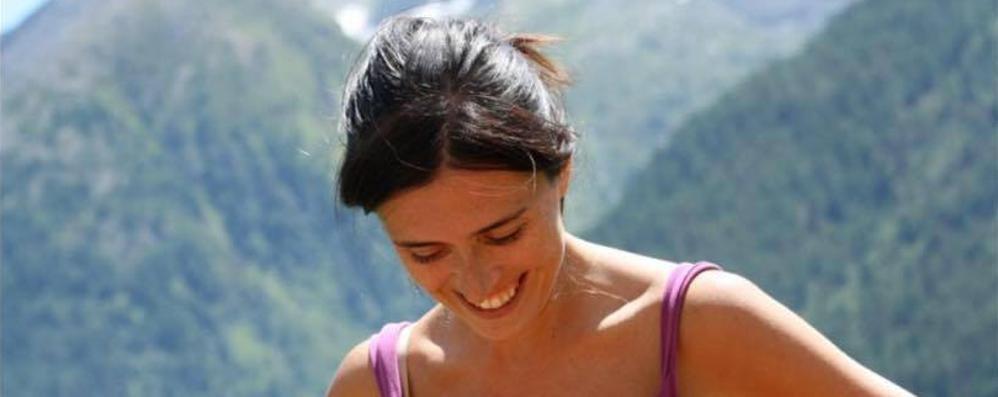 La morte di Claudia, l'esperto del pm: «Forse un cesareo poteva salvarla»