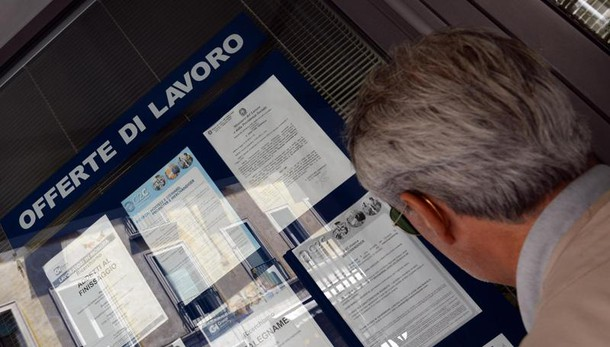 Disoccupazione ottobre cala all'11,6%