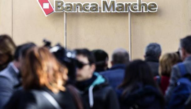 Gentiloni, al lavoro su stabilità banche