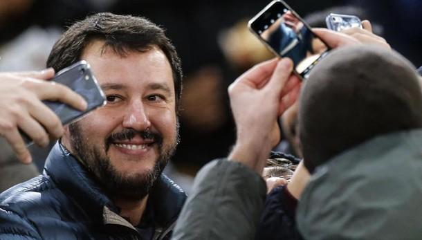 Salvini, Mattarella oltre poteri Carta