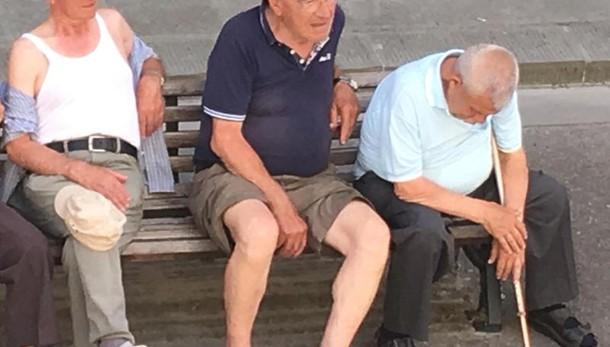Italia più vecchia in Ue dopo Germania