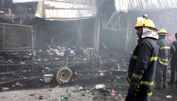 Doppio attentato a Baghdad, 18 morti