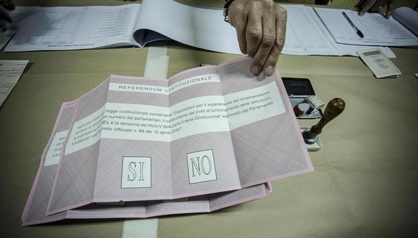 Referendum: alle ore 12 ha votato 20,1%