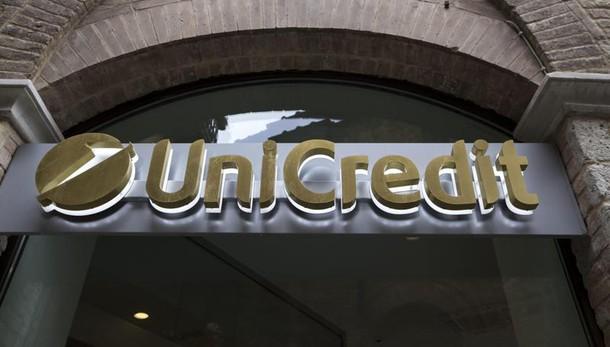 Unicredit tratta con Amundi per Pioneer