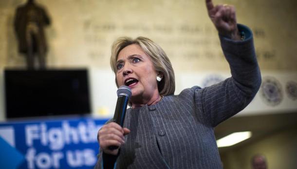 Fissata udienza parti per email Hillary