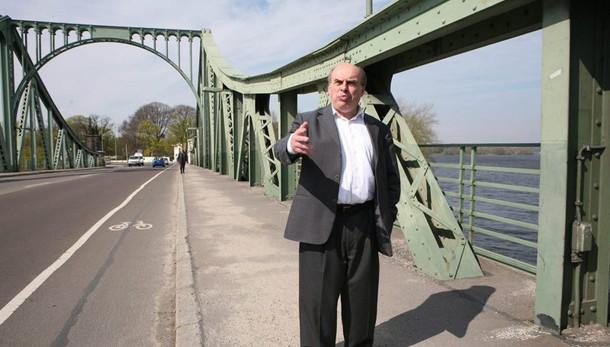 1986, Sharansky passava da Ponte Spie