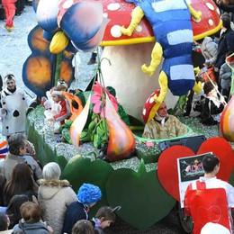 Carnevalissimo saltato: il malumore corre  sui social network