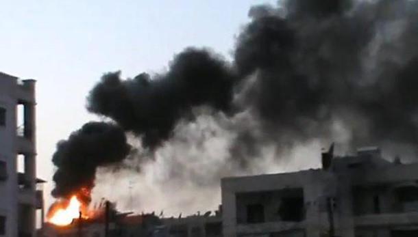 Siria:bombe Ankara su base aerea e curdi