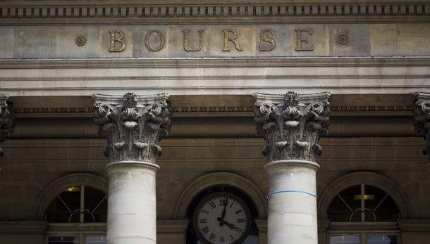 Borsa: Parigi chiude a -2,47%