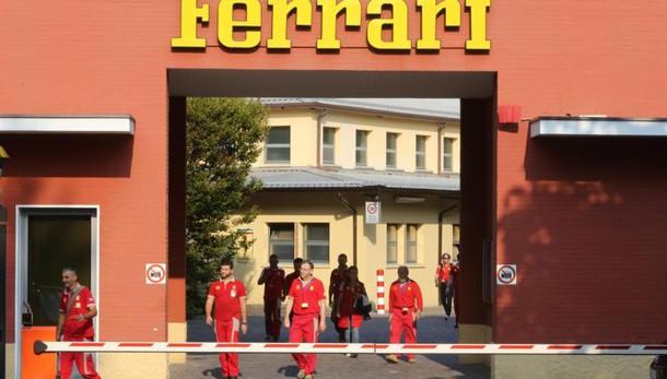 Ferrari, ricavi 2015 2,85mld,+9% utile