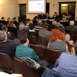«InComune prepara il terreno a Renzi»