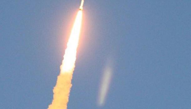 India sperimenta missile a medio raggio