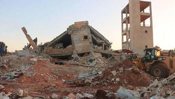 Siria: 1.500 morti in attacchi chimici