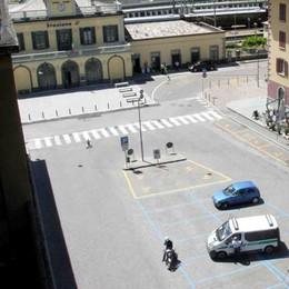 Addio ai parcheggi, piazzale Bertacchi  diventa pedonale