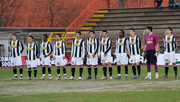 Viareggio: finale sarà Palermo-Juventus