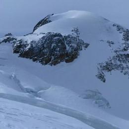 Scialpinista precipita in un crepaccio in Valfurva