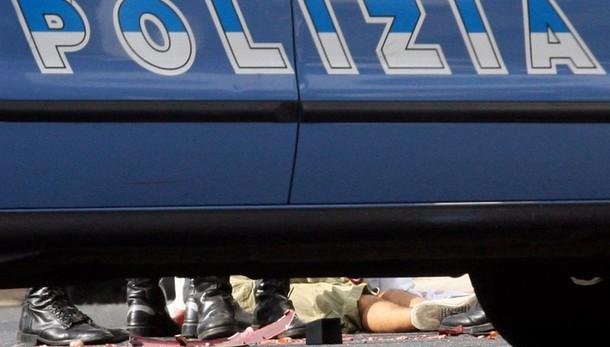 Renzi firma legge su omicidio stradale