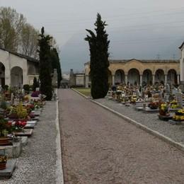 Basta con i furti dentro al cimitero  Ruggeri: «metteremo telecamere»
