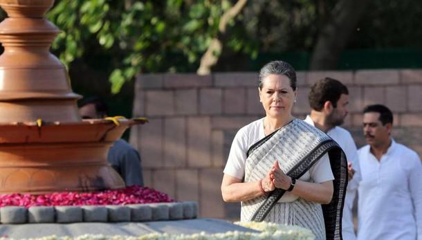 Sonia Gandhi a Modi, Qui vivo,qui morirò