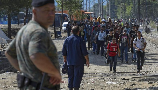 Turchia spara a migranti Siria a confine