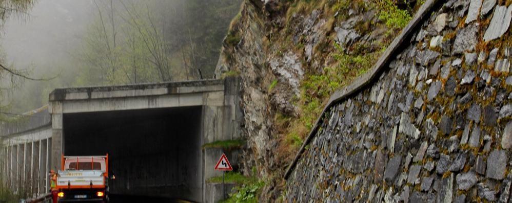 Un nuovo tunnel tra Isola e Pianazzo  Il pericolo slavine ora fa meno paura