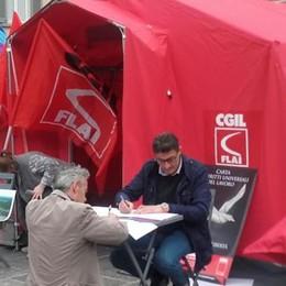«Difendiamo i nostri prodotti», La tenda della Flai Cgil in piazza
