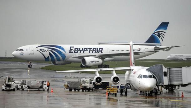 EgyptAir: Cbs, ritrovate le scatole nere