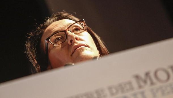 Napoli: Valente, verifiche candidato Ala