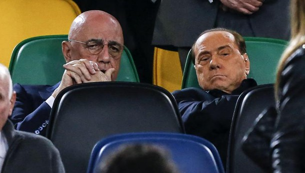 Berlusconi:Cinesi? Chiedono a me regia