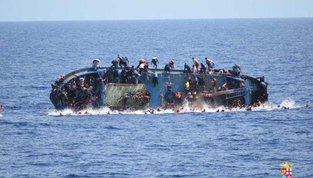 Naufragio vicino coste Libia, 5 vittime
