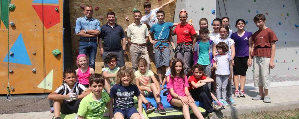 Montagna strizza l'occhio ai giovani  Aperta la palestra di arrampicata